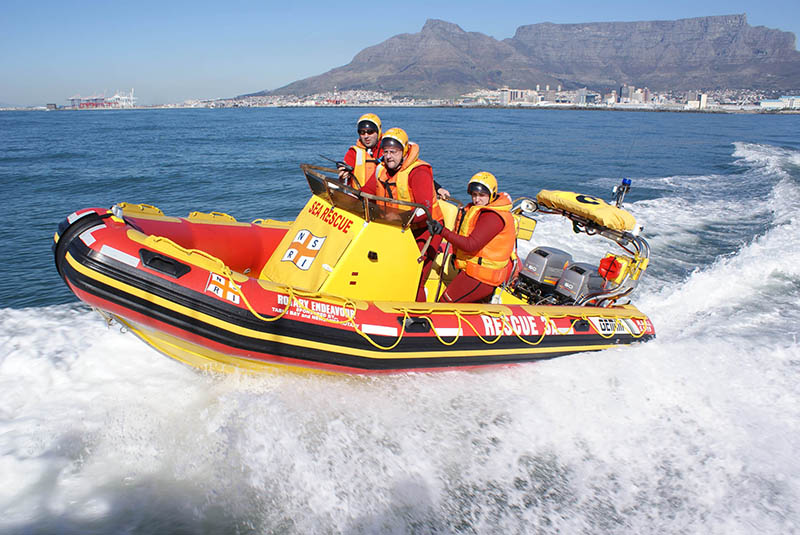 Table Bay NSRI boat Rotary Endeavour